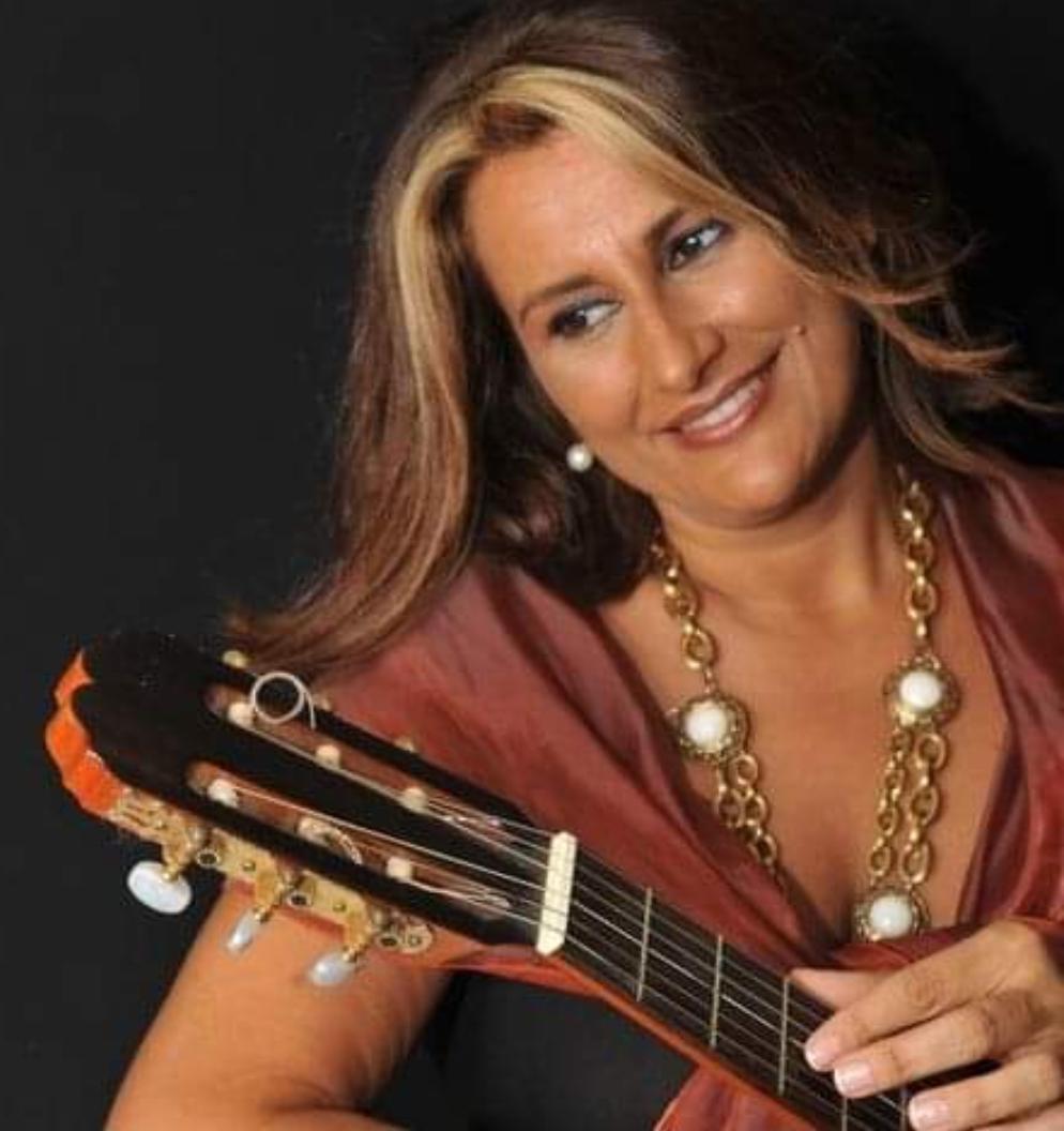 Almudena Moreno