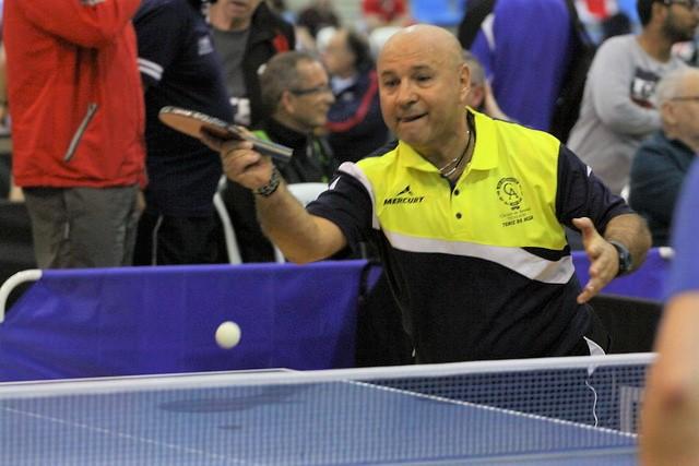 Tenis de Mesa-Vicente Pérez jugador de Segunda